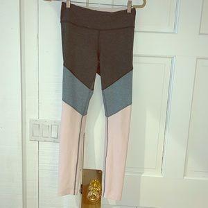 Outdoor Voices tri color leggings
